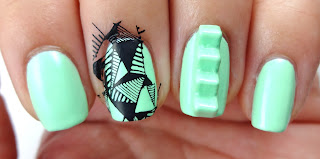 Triangle Stamped Nail