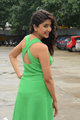 Poonam Kaur latest sizzling photos-thumbnail-2