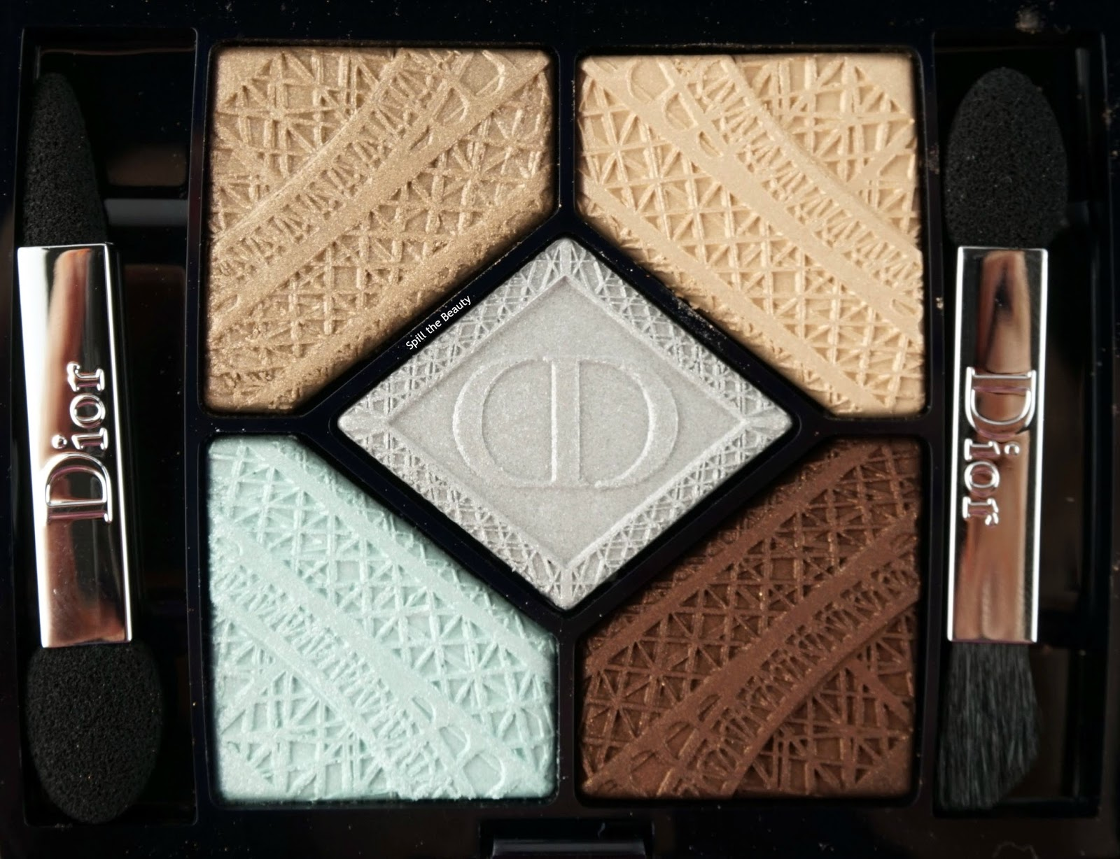 dior 5 couleurs skyline eyeshadow palette parisian sky review swatches close up
