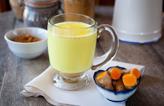 benefits of turmeric with milk in urdu