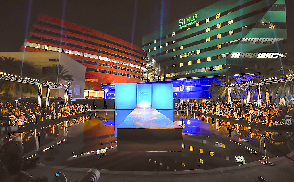 Westhollywoodtoday Recap Of Style Fashion Week Fall 2016 At Pacific Design Center Plaza In West Hollywood