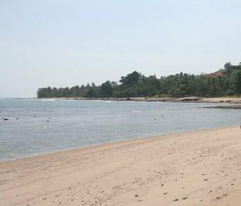 Pesona Keindahan Wisata Pantai Batu Hideung Di Tanjungjaya