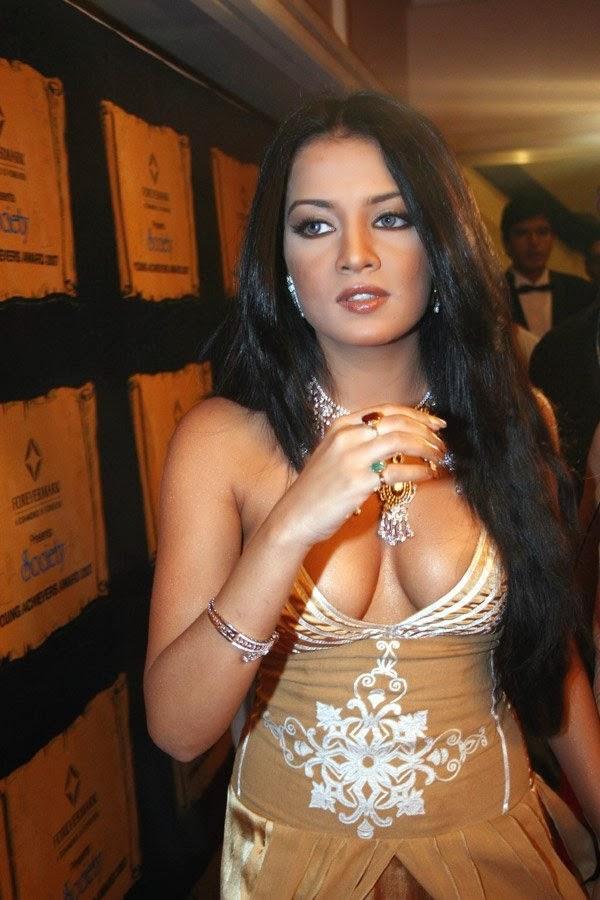 Real Nude Photos Of Bollywood Actress