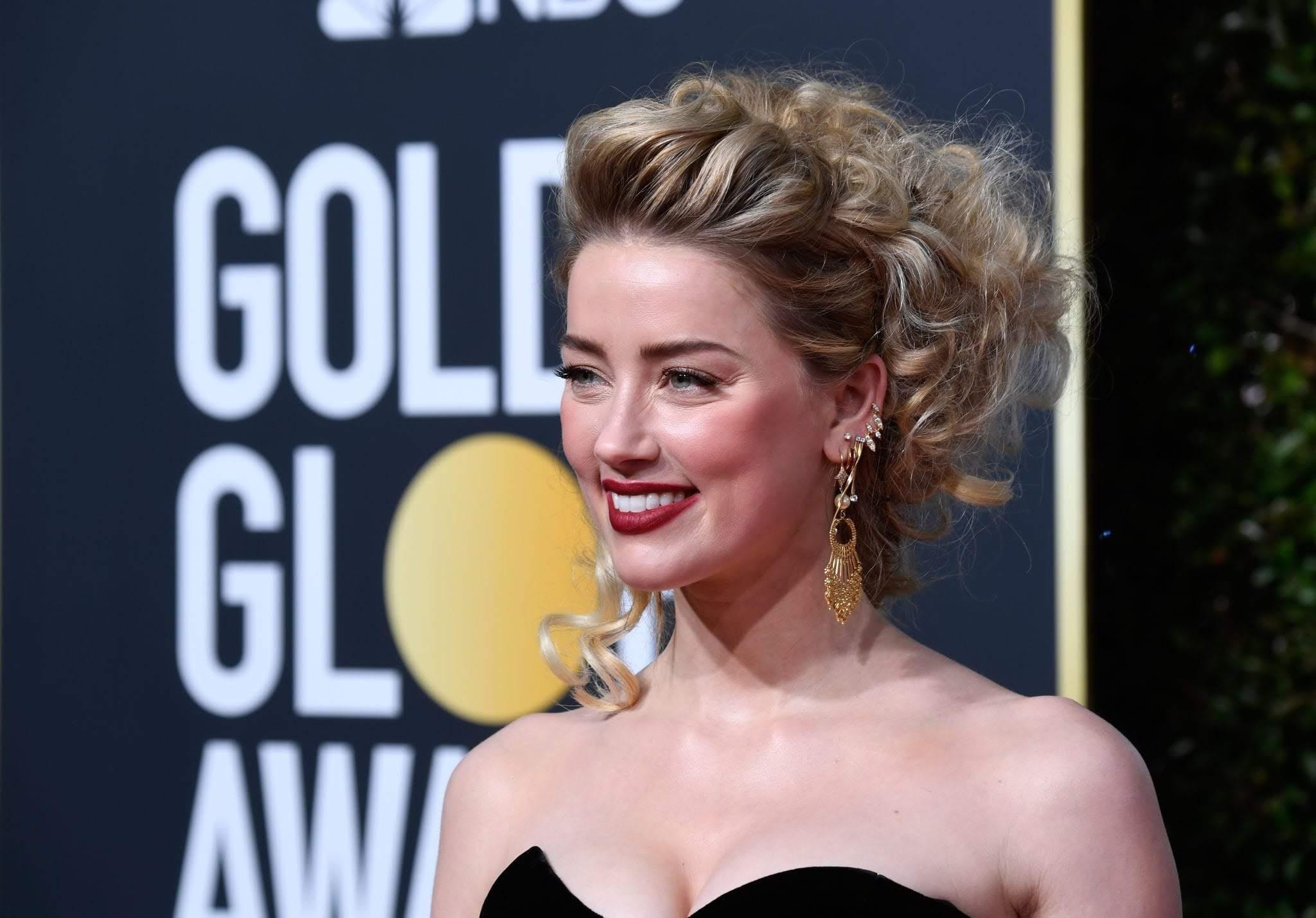Amber Heard at the 76th Golden Globe Awards : 第76回 ゴールデン・グローブ賞のアンバー・ハード ! !