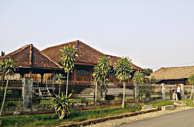 Main ke Kampung Halaman Keluarga Ryacudu