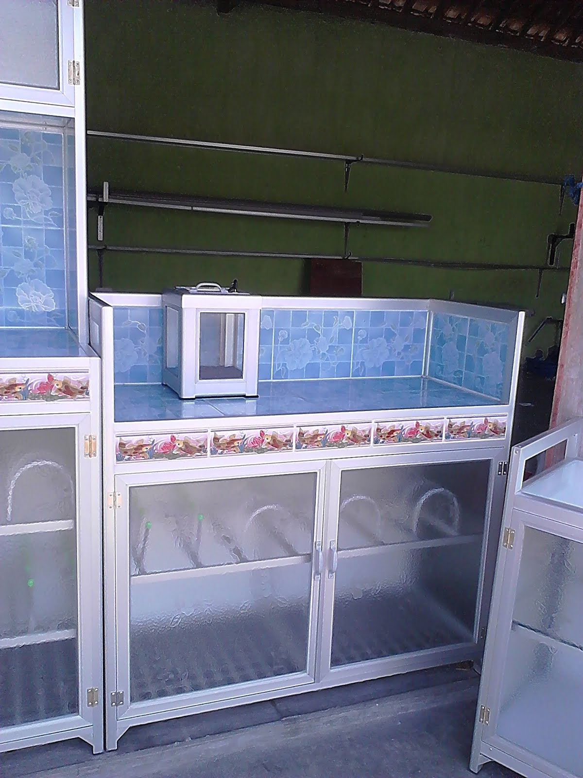Harga kitchen set aluminium murah jual for Harga kitchen set stainless per meter