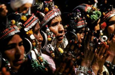 Escuchando los relatos de las ancianas amazighen