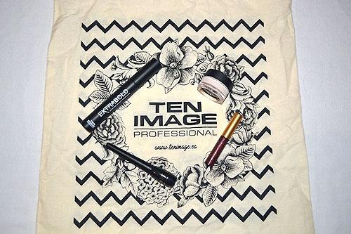 Lote de maquillaje con bolsita de Ten Image