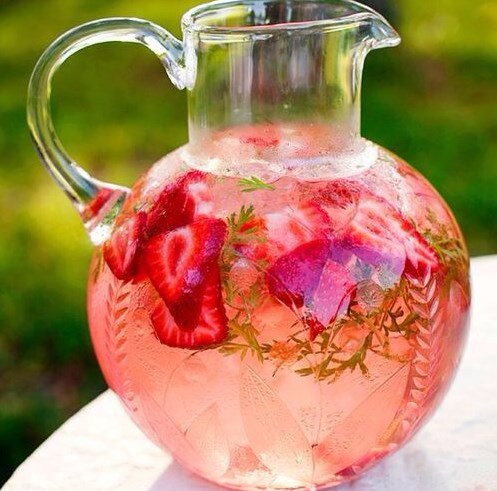 Strawberry Watermelon Mint Infused Water #wightloss #healthydrink
