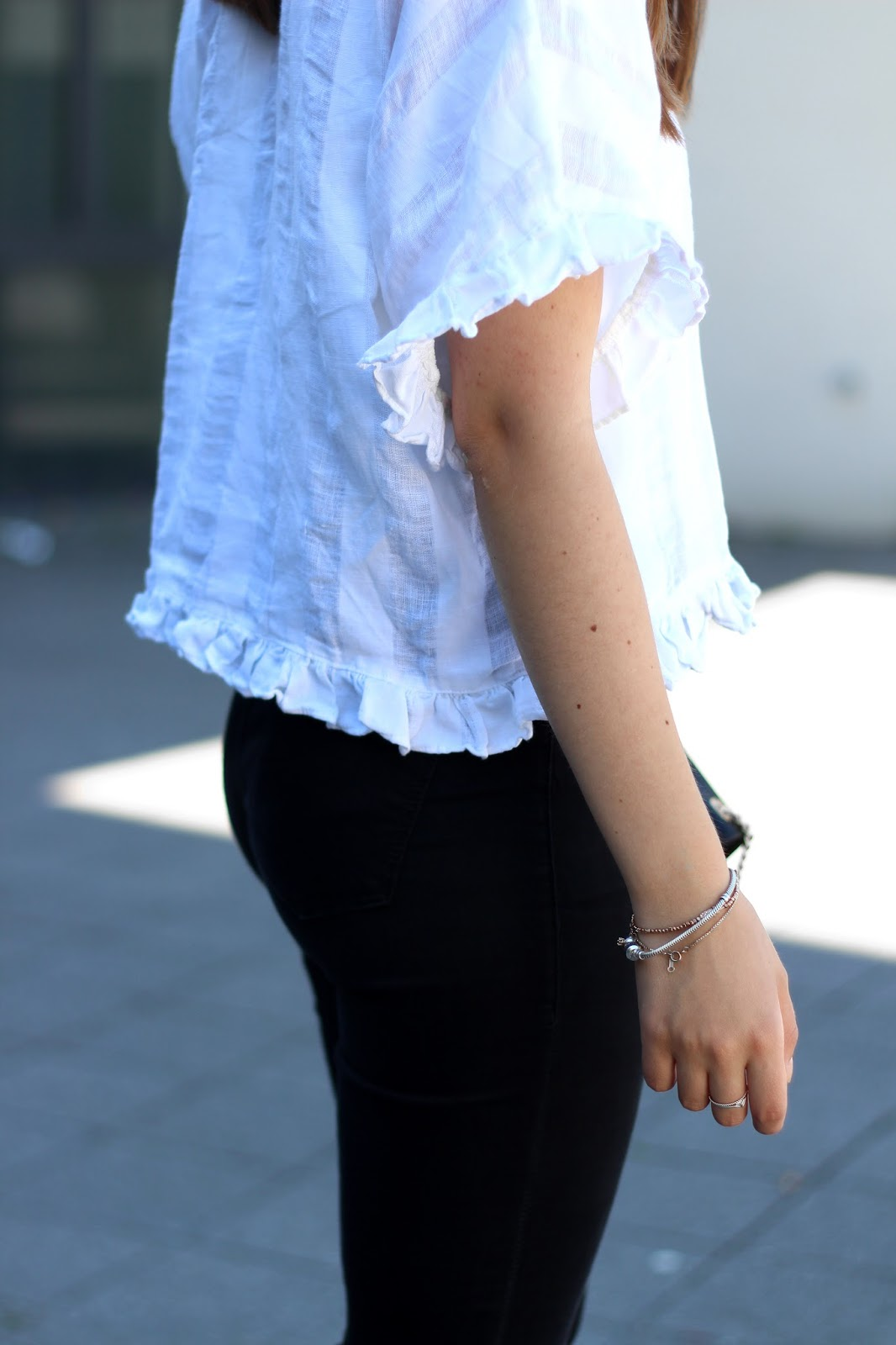 Outfit | Leinenstoffe für den Sommer | www.sparklyinspiration.com