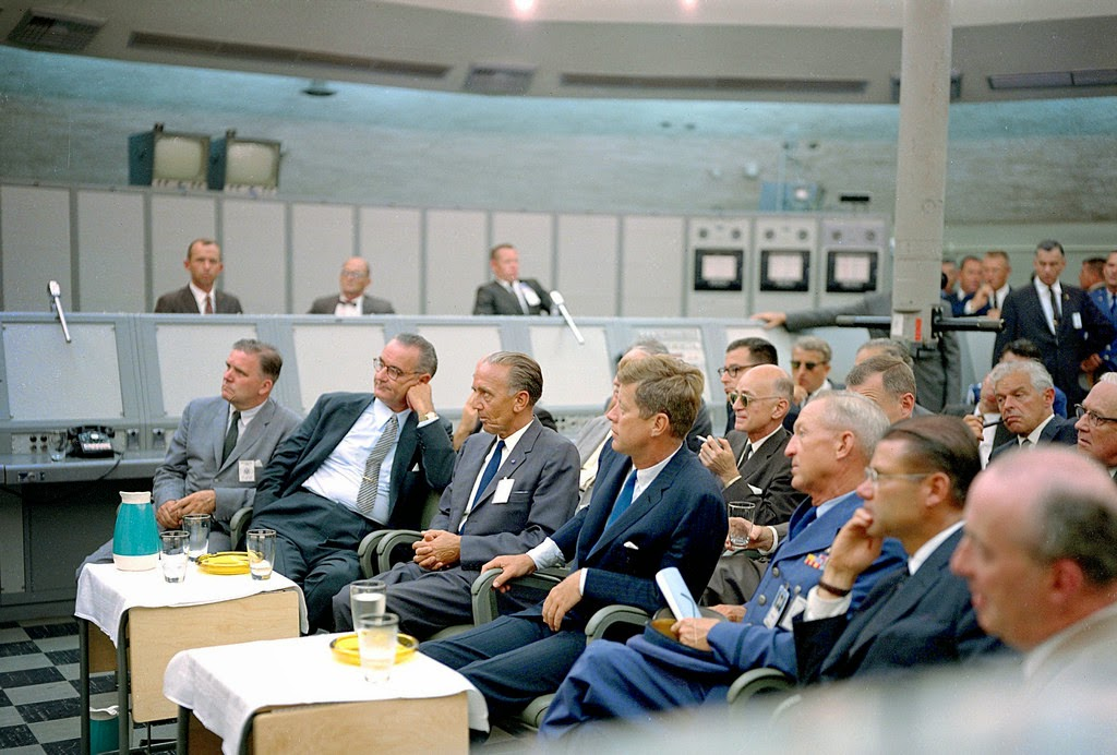 Ultimate Collection Of Rare Historical Photos. A Big Piece Of History (200 Pictures) - John F. Kennedy at Cape Canaveral