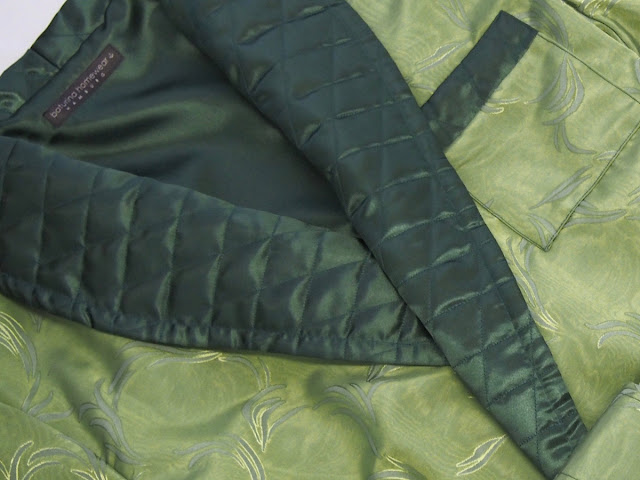 Dressing Gown Green Colored Silk Mens Robe Luxury Housecoat Quilted Shawl Collar Cuffs.