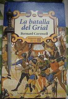 Portada del libro La batalla del Grial, de Bernard Conrwell