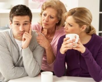 Tips Hidup Rukun Bersama Mertua