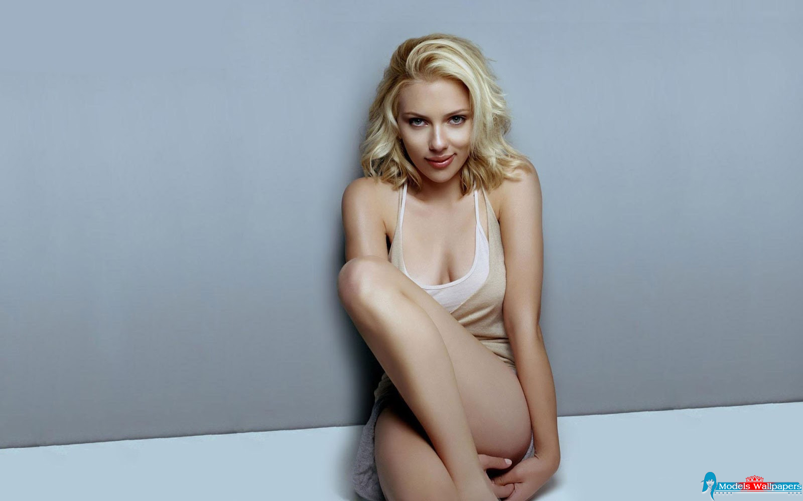 scarlett johansson model -#main