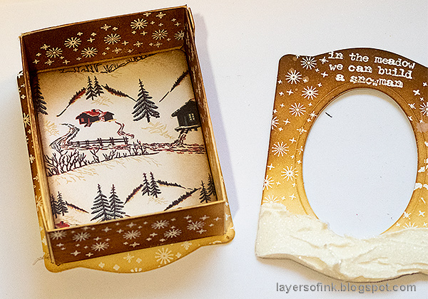 Layers of ink - Winter Wonderland Shadow Box Tutorial by Anna-Karin Evaldsson. Assembling the shadow box / Trinket Box & Frame.