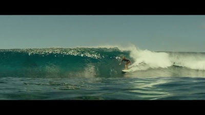 The Shallows (Movie) - 'The Beginning' Trailer - Screenshot