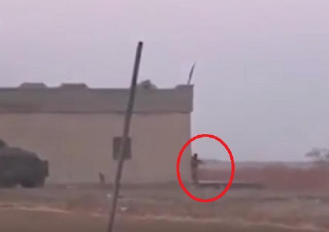 مشهد مروّع لـعنصر من 'داعش' فجّر نفسه بالخطأ  الفيديو شوهد  آلاف المرات