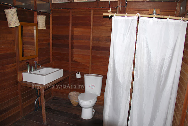Bathroom of Castaway Resort