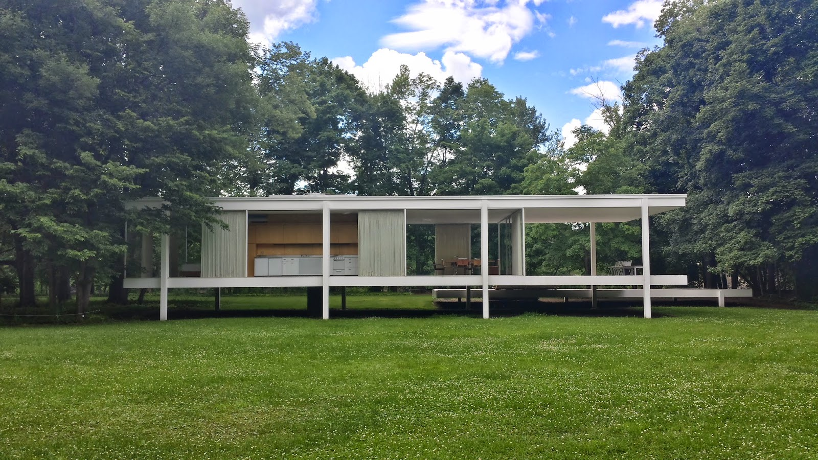 housing and architecture 4 farnsworth house mies van der rohe luan vinicius. Black Bedroom Furniture Sets. Home Design Ideas
