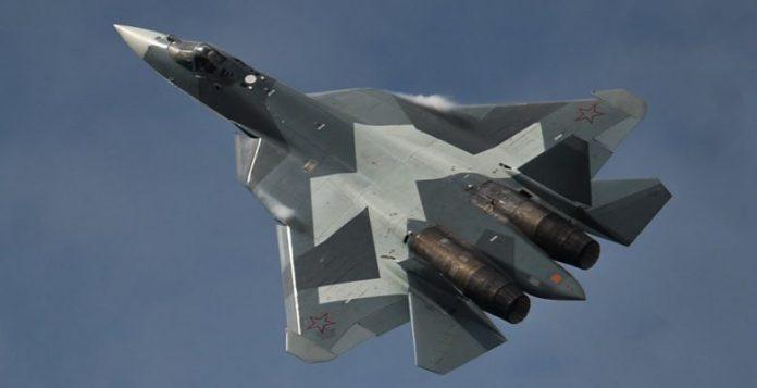 Το νέο Ρωσικό Μαχητικό Su-57 …Σε Πτήση πάνω από τη Συρία (video)