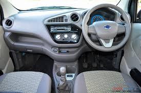 Ruang Kemudi Mobil Datsun Redi Go