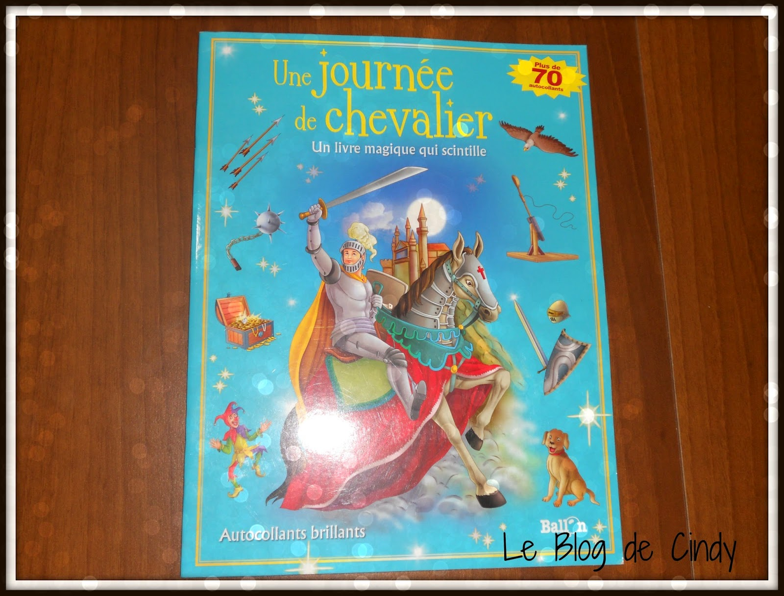 BOOK_IN_BOX_CHEVALIERS