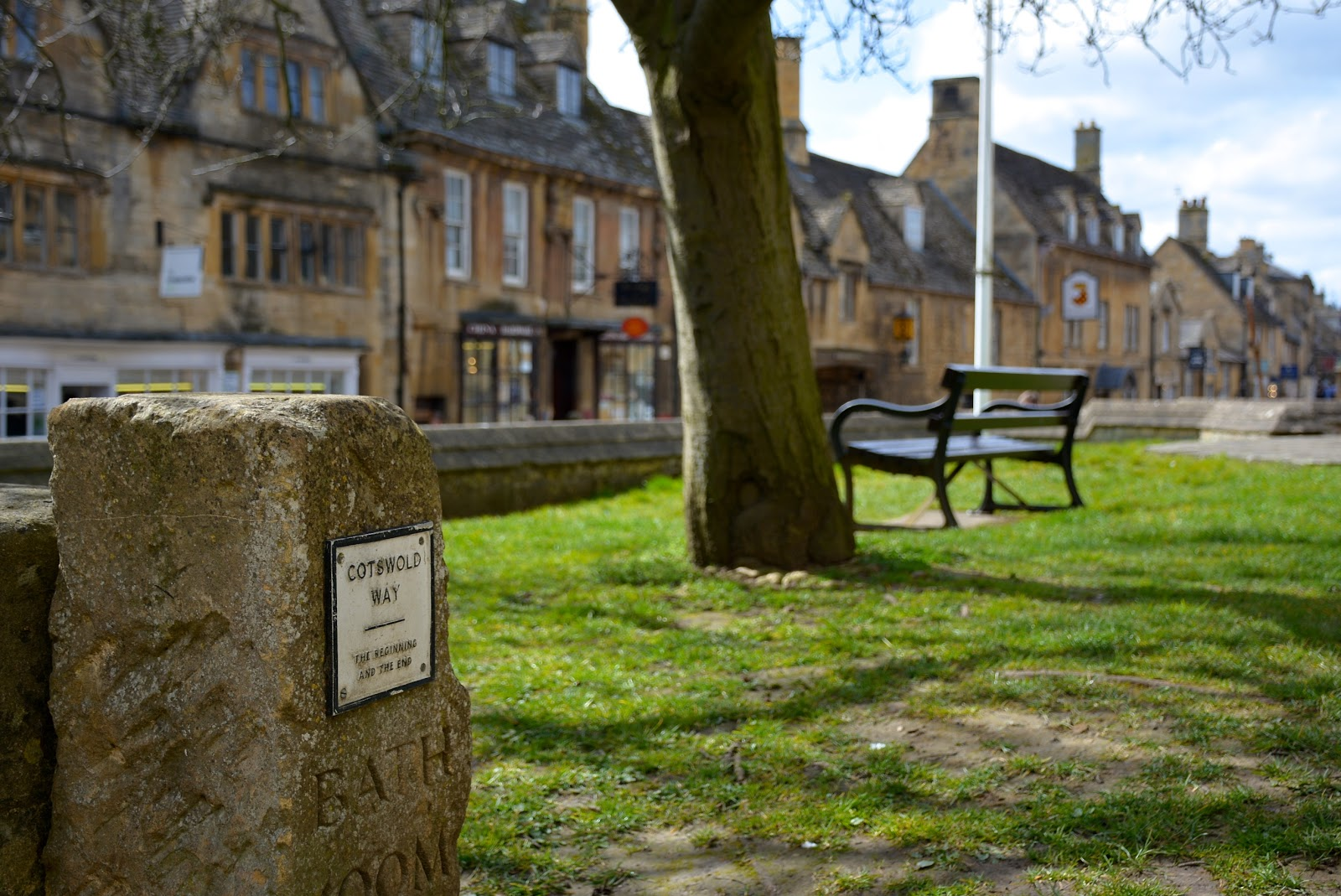 Beginning and finish of the Cotswold Way in Chipping Campden