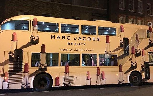 10 Foto Desain Cat Air Brush Pada Mobil Bus Paling Keren Dan Sangat Menarik