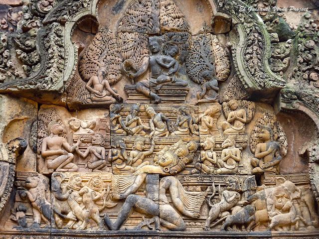 Banteay Srei, Ravana sacude el Monte Kailasa - Angkor, Camboya por El Guisante Verde Project