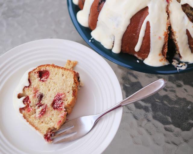 cranberries_oranges_pound_cake_ homemade
