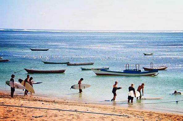 Pantai nemberala Rote