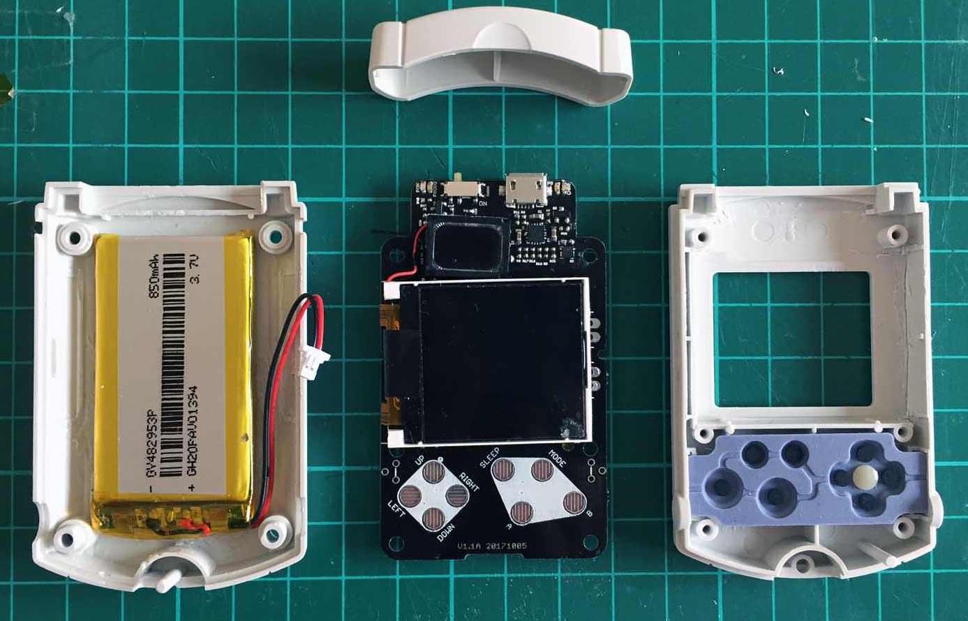 The Dreamcast Junkyard: Introducing VMU-boy - A RetroPie Powered