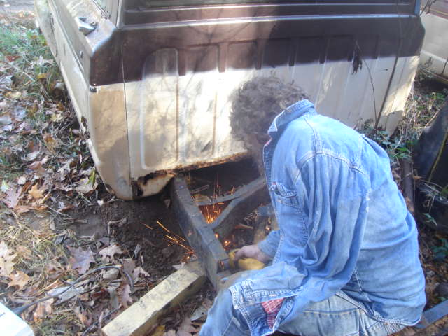 Scott's 1976 Jeep J10 Blog: Fixing the J10 frame