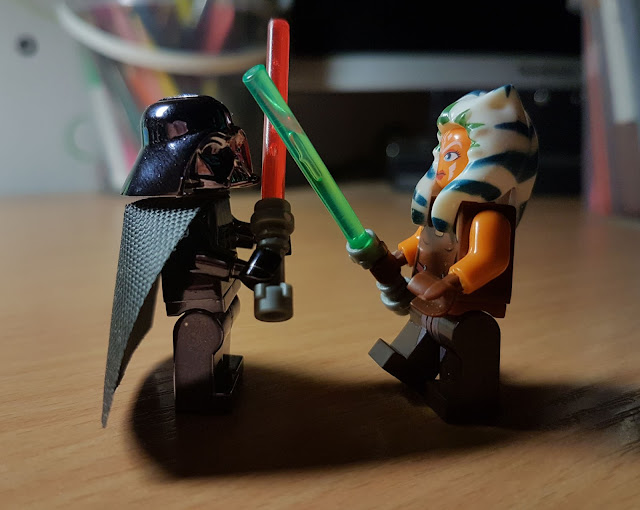 Ahsoka Tano VS Darth Vader fan art Star Wars