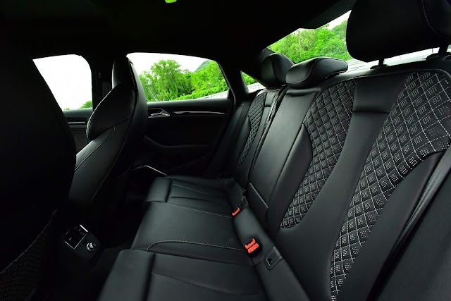 Audi RS3 Sedan 2018 - interior