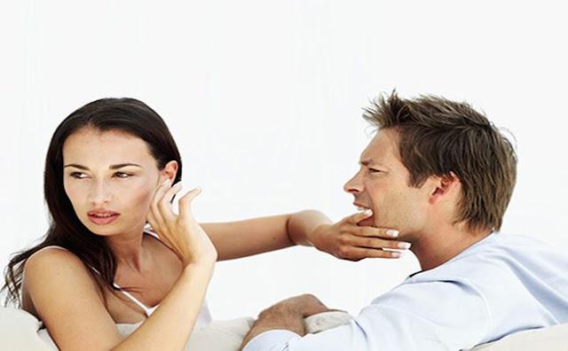 أسباب إهمال الزوجة لبيتها
