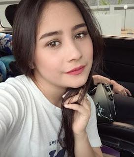 Foto Instagram Prilly Latuconsina Terbaru