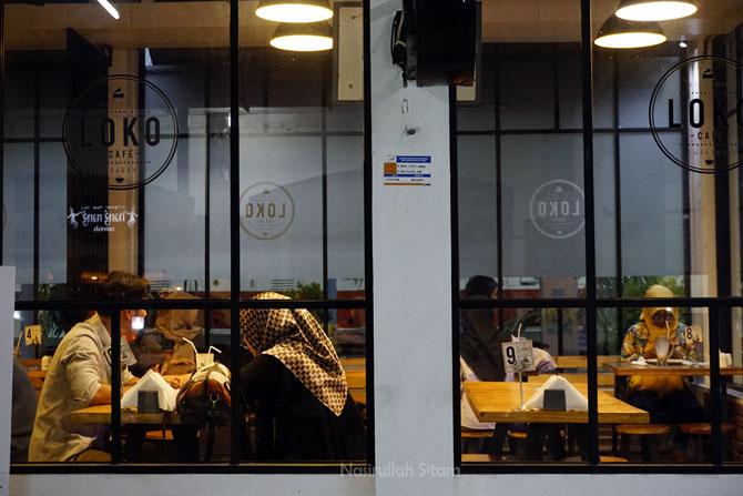 Loko Coffee di Stasiun Gubeng Surabaya