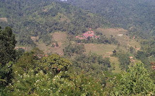 Wisata Gunung Manik di Ciniru Kuningan Jawa Barat Yang Mempesona