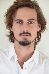 Nestor Aaron Absera