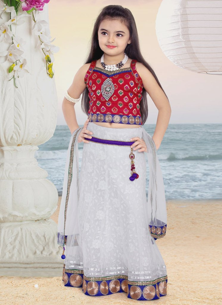 Foto Ruhanika Dhawan_Pemeran Ruhi Raman Bhalla_Serial Mohabbatein ANTV_Cantik Imut Cerdas tiga