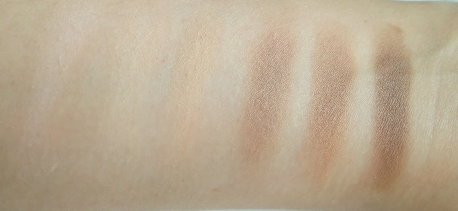 Kat Von D Shade and Light Contour palette swatches