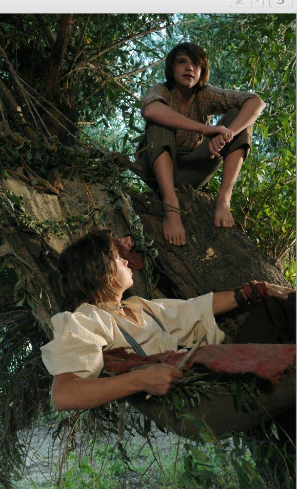 Tom Sawyer & Huckleberry Finn