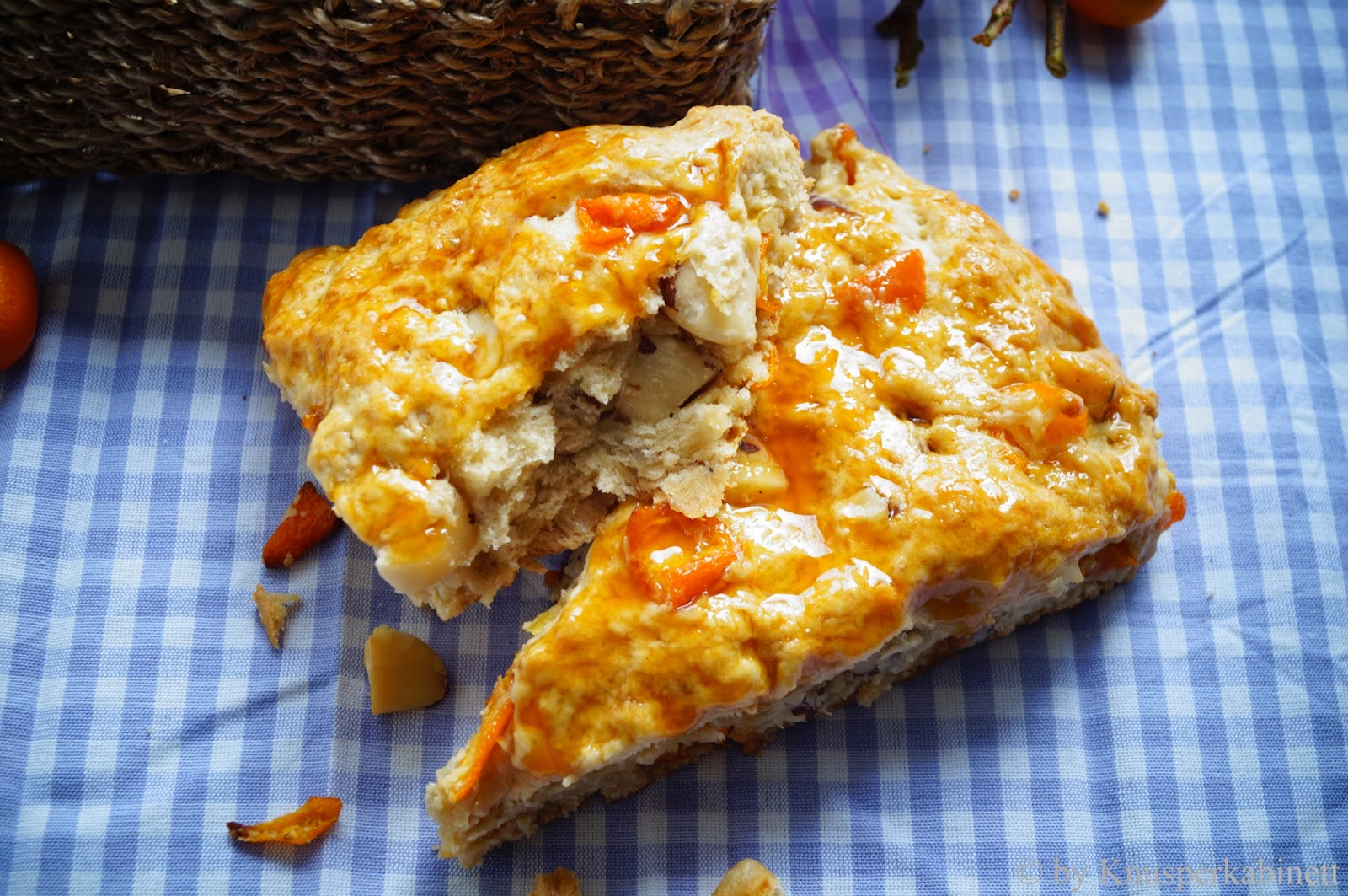 knusperkabinett vegane kumquats paranuss scones mit kokos clotted cream. Black Bedroom Furniture Sets. Home Design Ideas