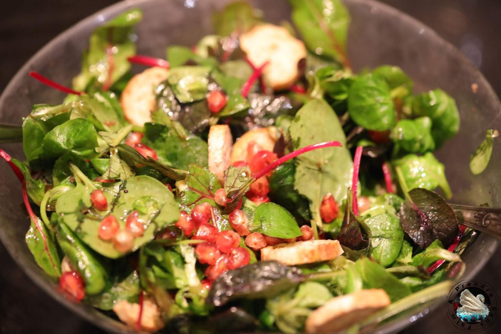 Salade de jeunes pousses à la grenade