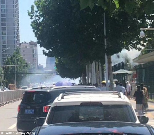 Explosion hits outside US Embassy in Beijing