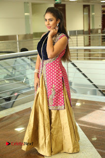 Telugu Actress Sri Reddy Mallidi Stills in White Beautiful Dress at Marriage Needs Bridal Fashion Week 2017 Logo Launch  0181.JPG