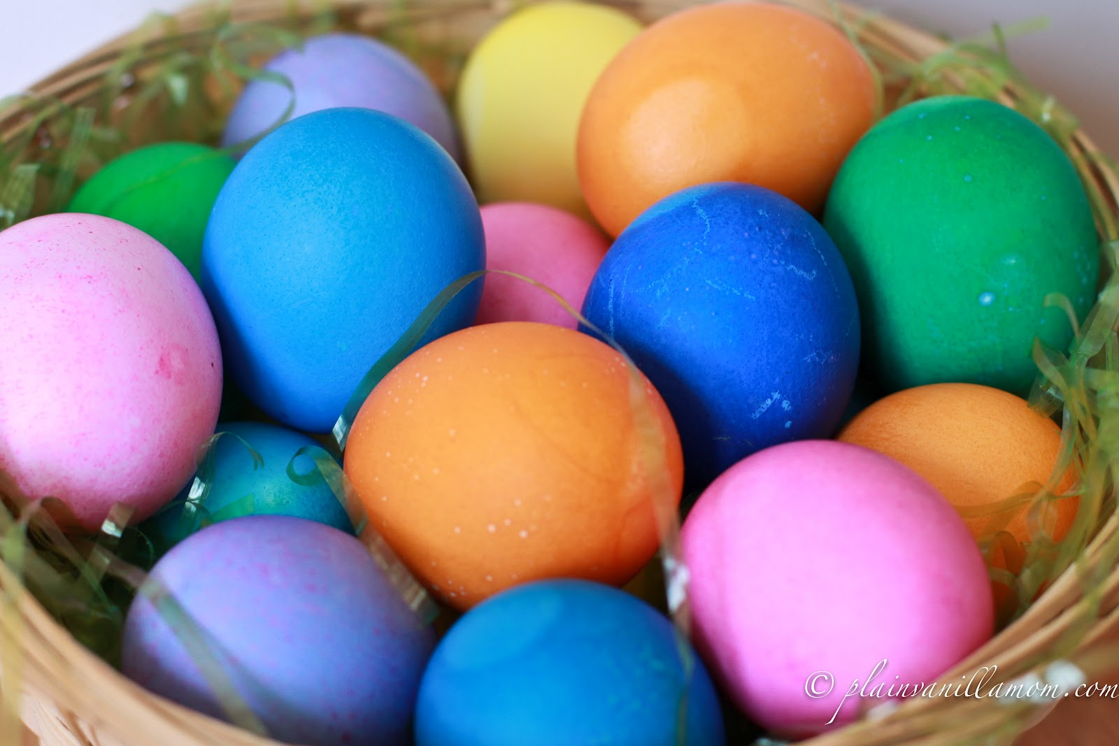 Pictures Of Colored Easter Eggs 98