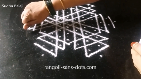 rangoli-a-puzzle-with-dots-lines-1ac.png